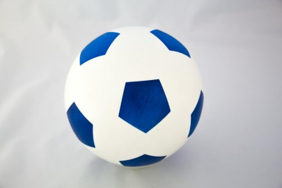 Bälle blau/weiß 26cm